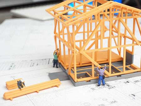 2×4材は木工材料にすぐ使えて便利な材料。